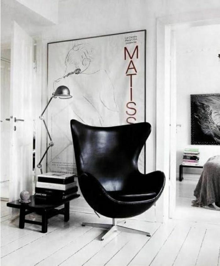schwarze-lederstühle-lederstuh-wohnzimmer-einrichten-wohnzimmer-gestalten