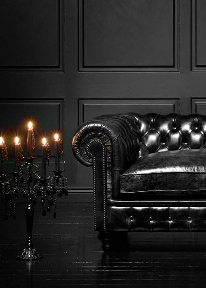schwarzes-Interieur-Leder-Chesterfield-Sofa-Kerzenhalter