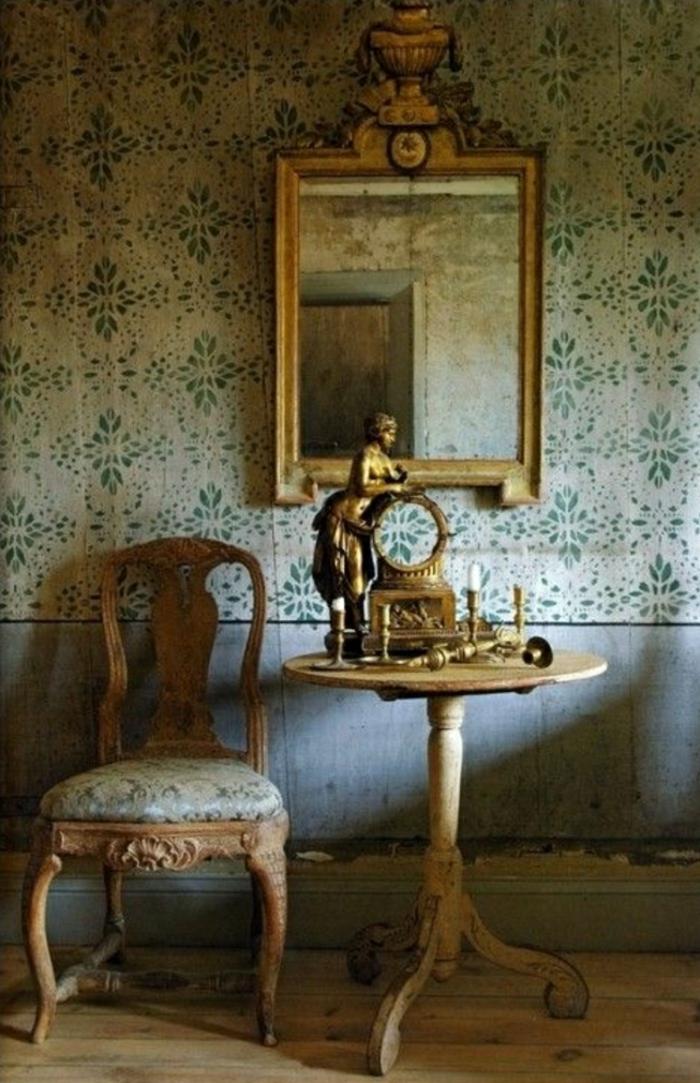 schwedischer-Barock-Stil-antikes-Gold-Tapete-beige-grün