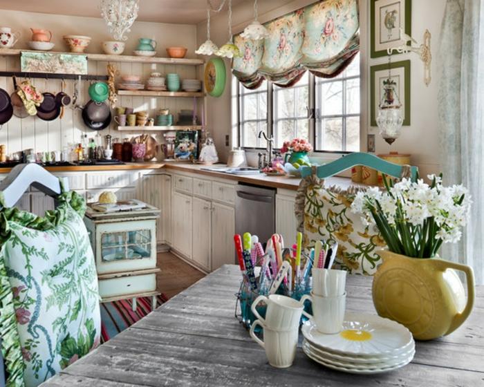 shabby-chic-küche-elegante-gardinen