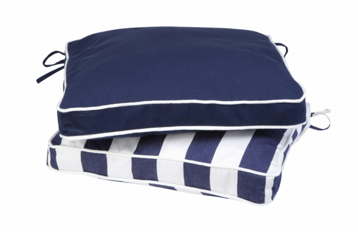 sitzkissen-für-stühle-bunte-kissen-stuhlauflagen-blau_weiß