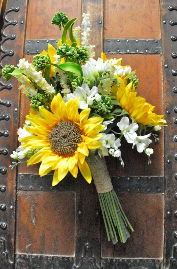 --sonnenblumen-blumensträuße-mit-wunderschönen-blumen-dekoration-deko-mit-blumen