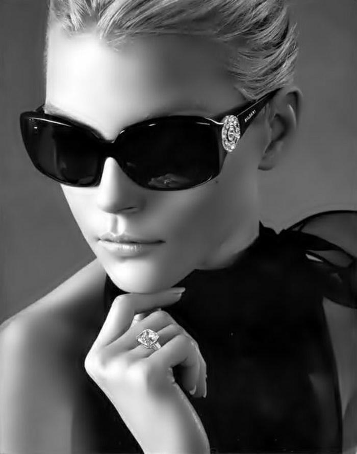 stilvolle-Versace-Sonnenbrille