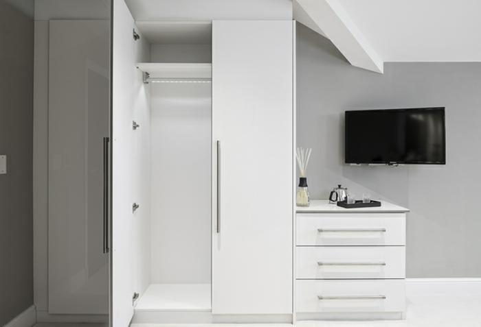 stylische garderobe 43 interessante bilder. Black Bedroom Furniture Sets. Home Design Ideas