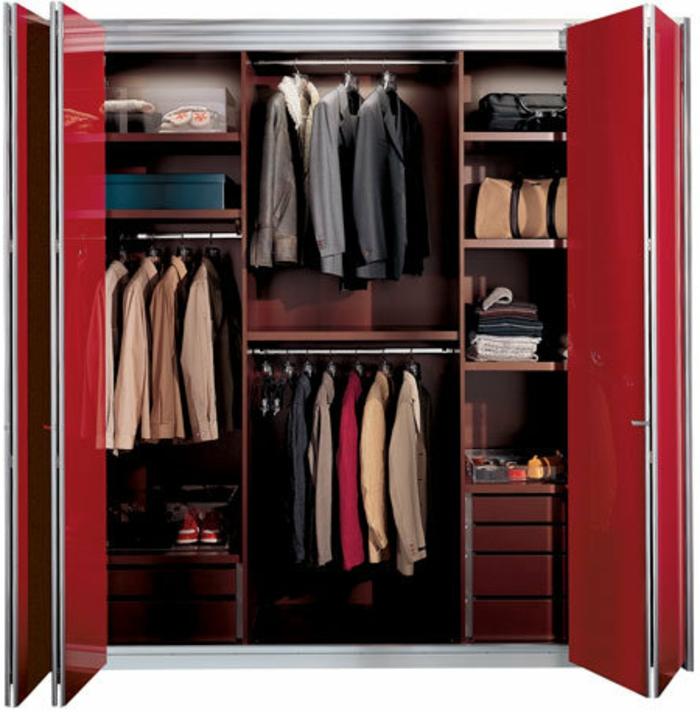 stylische-garderobe-modernes-aussehen
