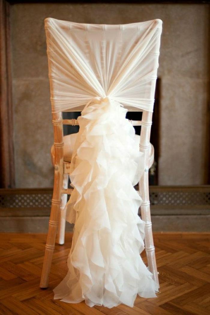 tolle-hochzeitsdekorationen-für-die-stühle-hochzeitsdekoration-ideen-dekoration