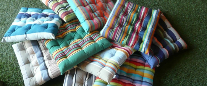 tolle-sitzkissen-für-stühle-bunte-kissen-stuhlauflagen