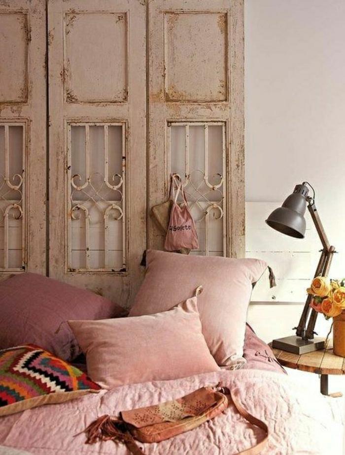 vintage-Schlafzimmer-Rosen-Boho-Chic-Bettwäsche-Kissen