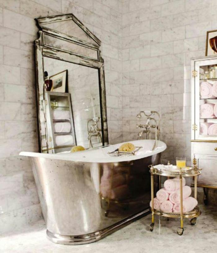 vintage-bad-großes-design-vom-spiegel