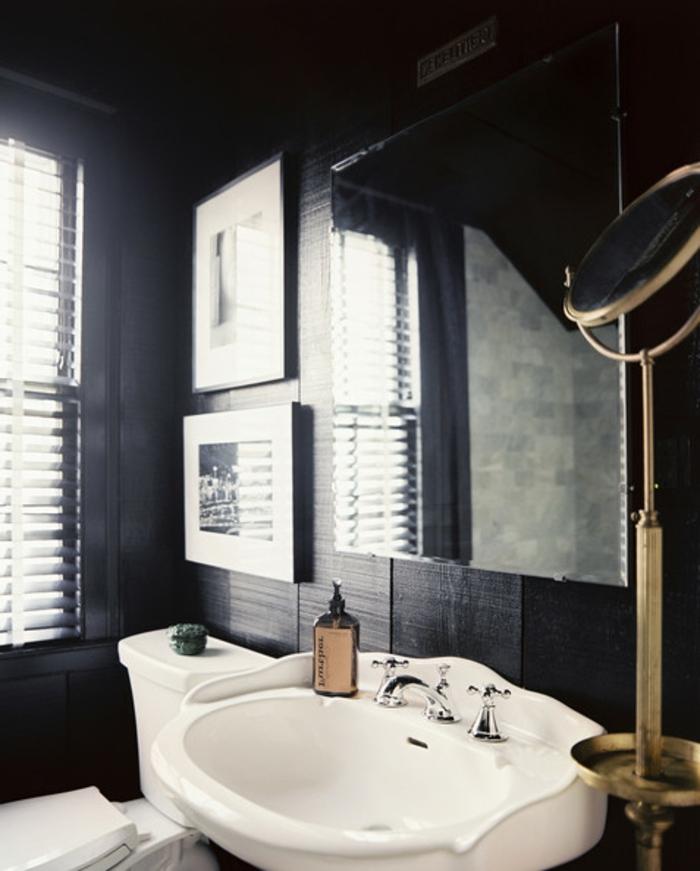 vintage-bad-schwarze-wände-schönes-bild