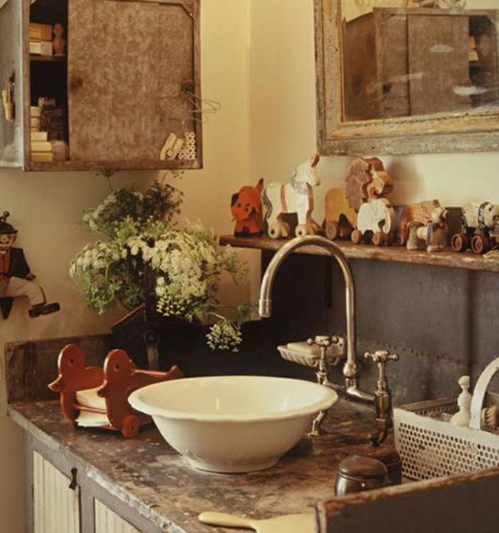 vintage-bad-waschbecken-interessante-gestaltung
