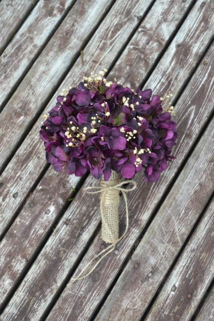 vintage-hochzeit-blumendeko-blumensträuße-mit-wunderschönen-blumen-dekoration-deko-mit-blumen