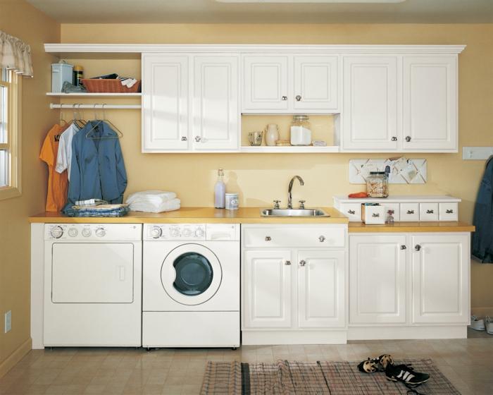waschküche-einrichten-alle-schränke-in-weißer-farbe