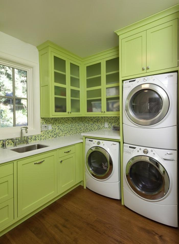 waschküche-einrichten-grüne-schränke-tolles-aussehen