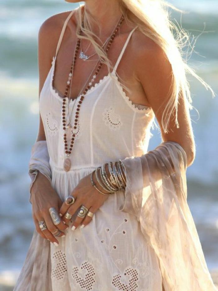 weißes-Sommerkleid-Boho-Chic-Strand