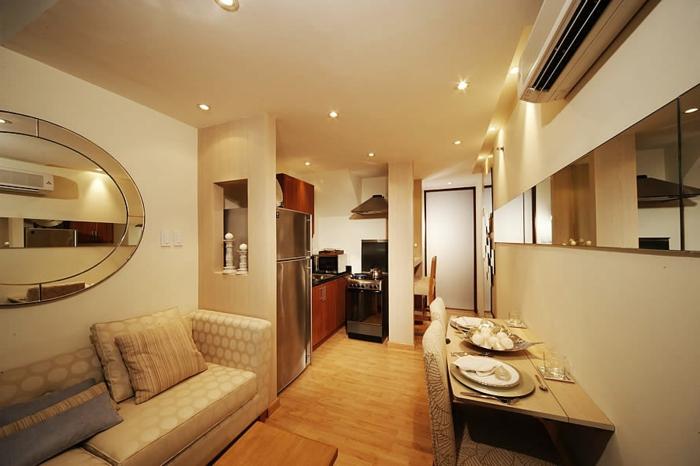 wohnzimmer-mit-küche-romantische-beleuchtung