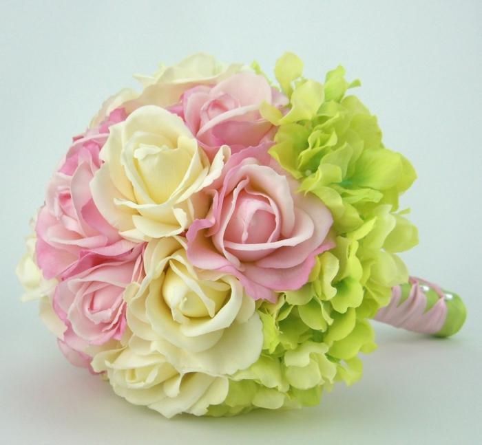 wunderschöner-brautstrauß-schöne-ideen-hochzeitsdeko-hochzeitsdekoration-hochzeitsstrauß Blumensträuße