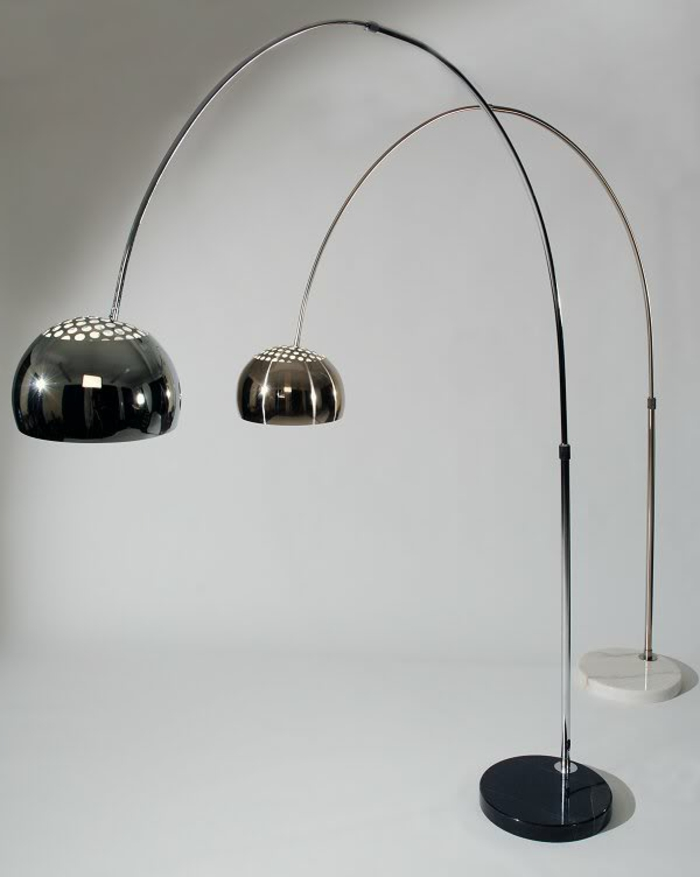 die bogenlampe passt zu fast jedem interieur. Black Bedroom Furniture Sets. Home Design Ideas