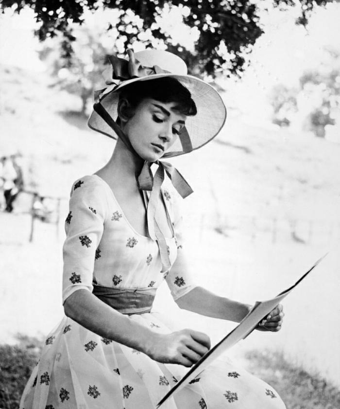 Audrey-Hepburn-Film-Star-Hollywood-Legende-vintage