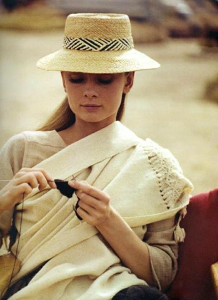 Audrey-Hepburn-stilvoll-Sommerhut-Band-Krempe-stricken