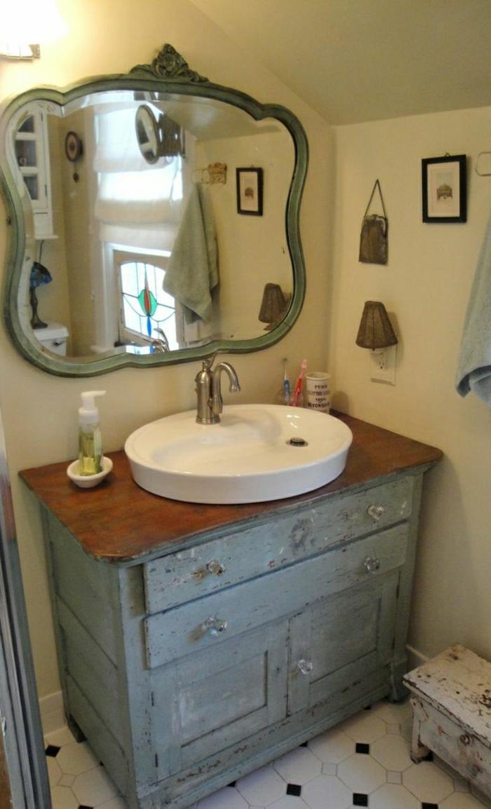 Badezimmer-rustikale-Möbel-Holz-Unterschrank-Waschbecken-Spiegel