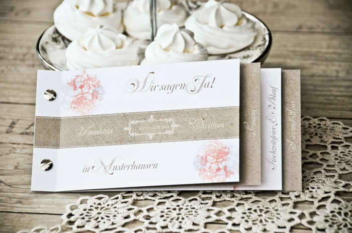 Einladungskarte_Hochzeit_Anastasia Und Christian Booklet_21x10 Carinokarten