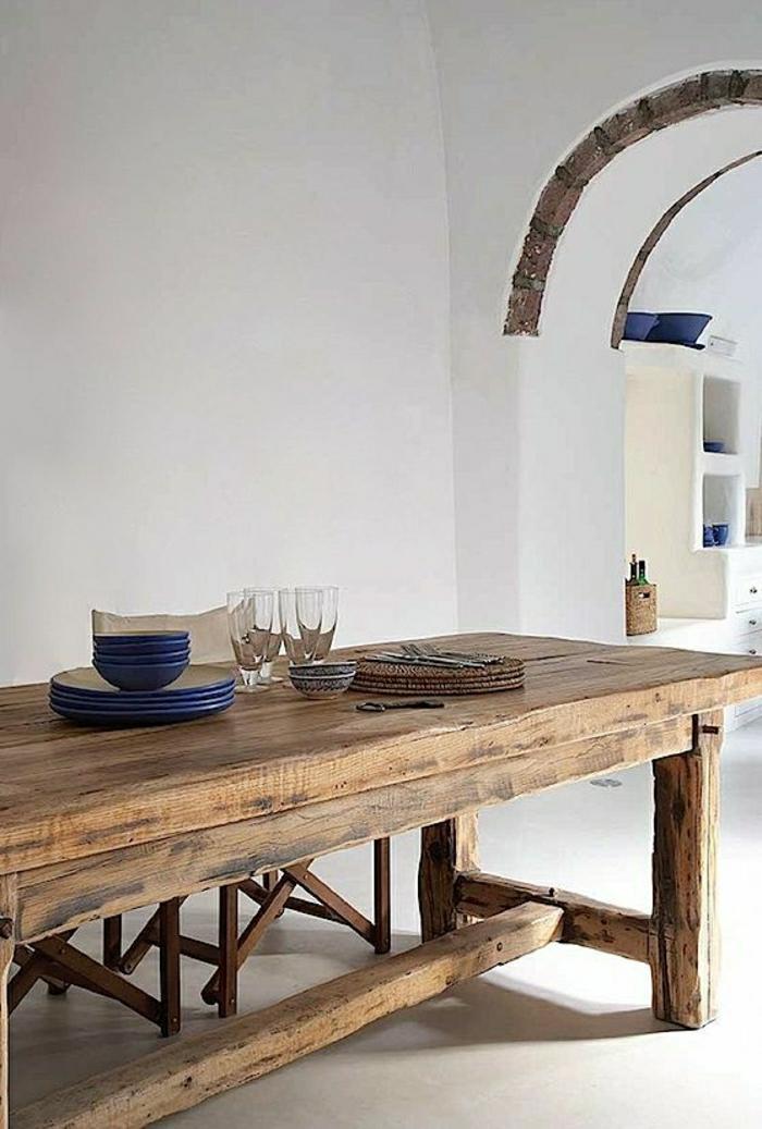 rustikale-Möbel-Esszimmer-Tisch-Massivholz-Geschirr