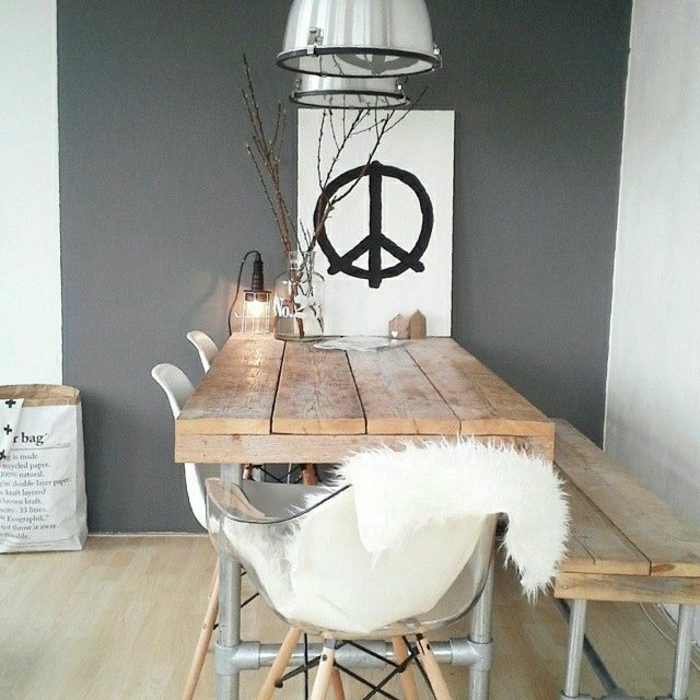Esszimmer-rustikale-Möbel-Tierhaut-industrielle-Lampe