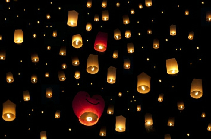 Festival-Chiang-Mai-fliegende-Laternen