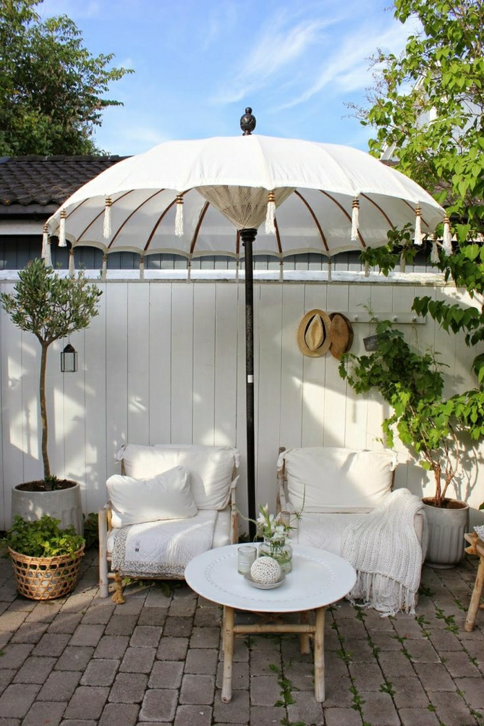 Gartenschirm-Quasten-Gartenmöbel-Creme-Farbe-Blumentöpfe-Strohhüte