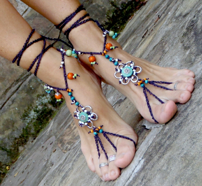 Hippie-Sandalen-Schmuck-barfuß-Boho-Stil