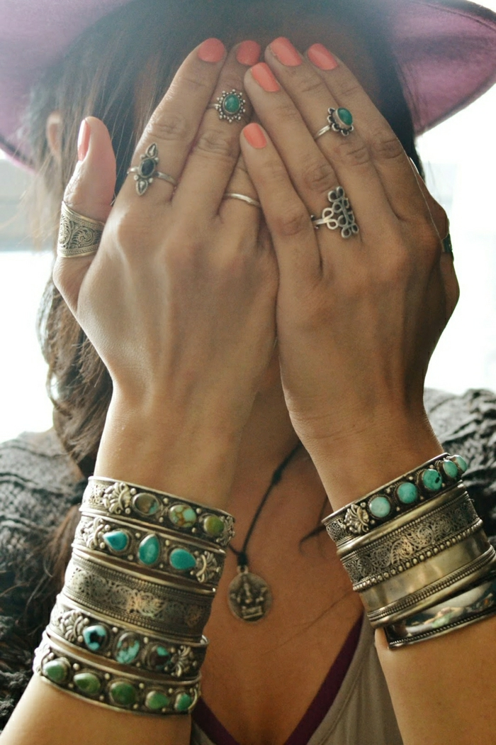 Hippie-Schmuck-Ringe-Armbänder-SIlber-Metall-türkis-Steine