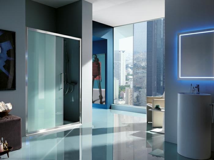 Luxus-Wohnung-schöne-Ansicht-Duschabtrennung-Schiebetür
