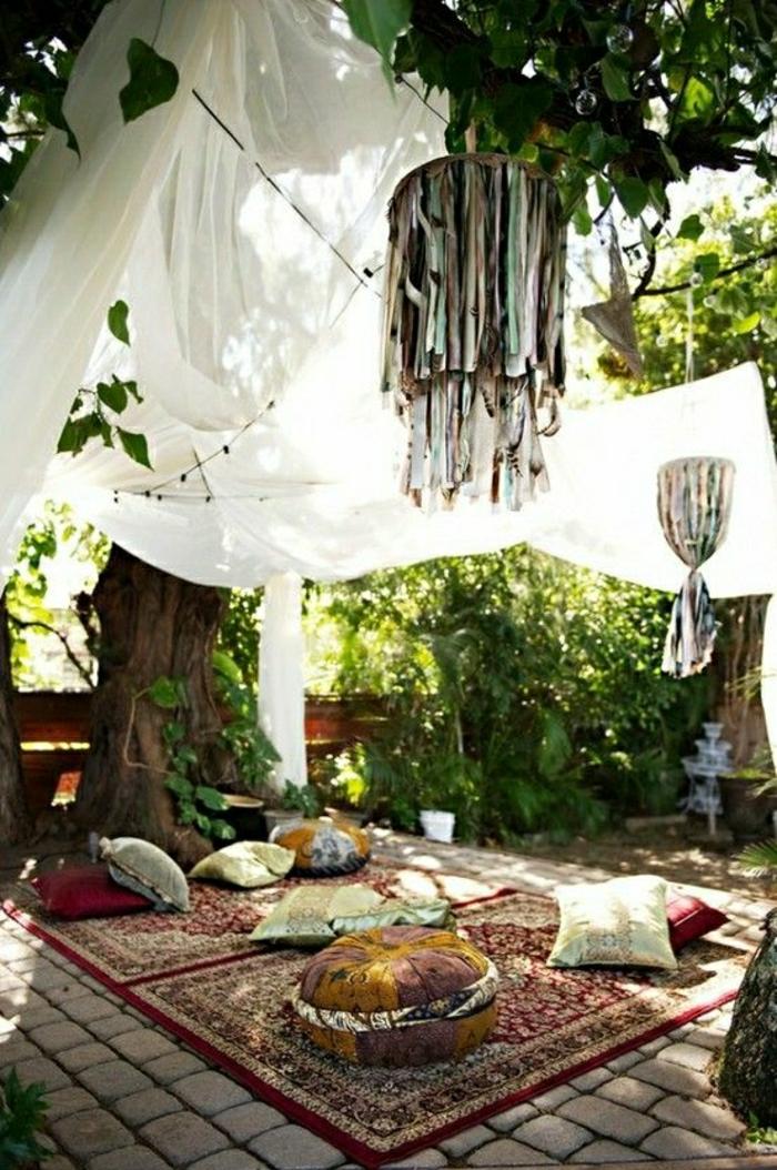 Meditation-Raum-Baldachin-türkische-Teppiche-Yoga-Kissen