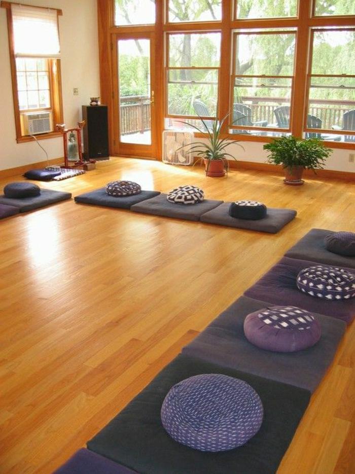 31 fantastische modelle yoga kissen. Black Bedroom Furniture Sets. Home Design Ideas