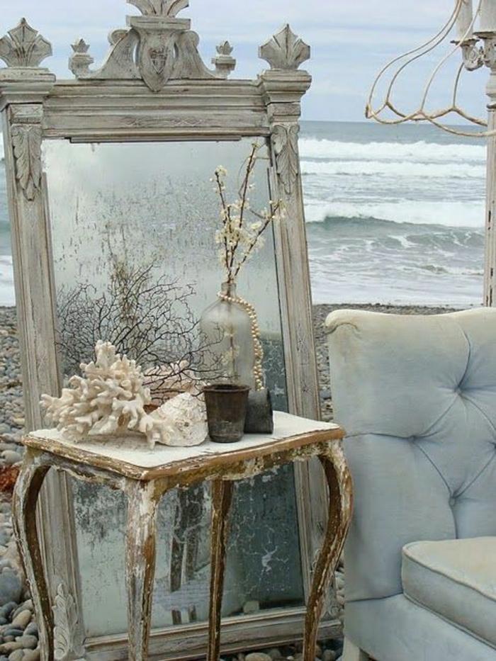 Meer-Strand-Sand-Sofa-vintage-Spiegel-Rahmen-Muscheln-Flasche-Perlen