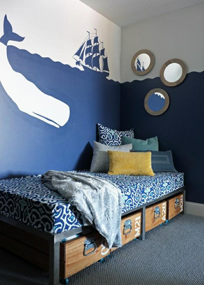 Schlafzimmer-Kajüte-Schiff-Zeichnung-Bett-Bettkasten-Bettwäsche-Ornamente-blau-weiß