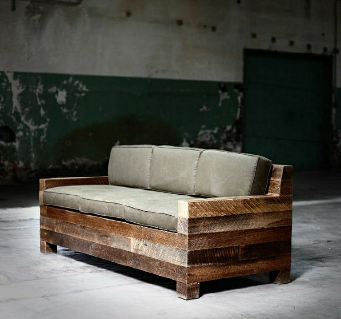 Sofa-Paletten-rustikal-grüne-Kissen