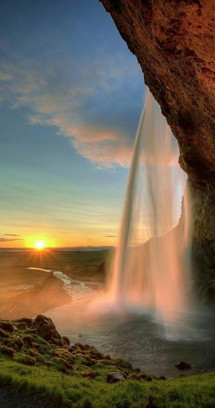 Sonnenuntergang-Bilder-Seljalandsfoss-Wasserfall-Südisland