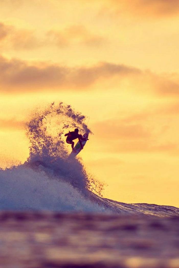 Sonnenuntergang-Bilder-Surfer-Meer-Wellen-Ozean
