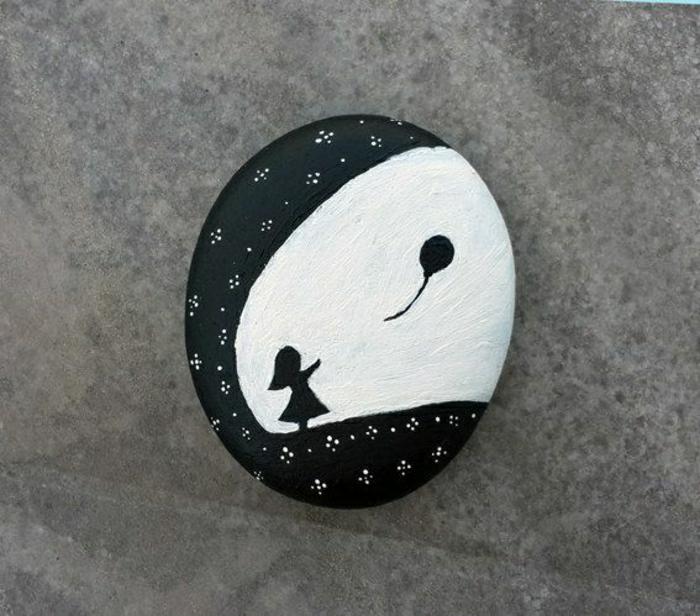 Stein-schwarz-weiße-Zeichnung-kleines-Mädchen-Ballon