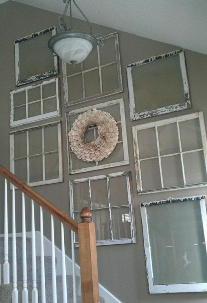 Treppen-Wanddekoration-vintage-Fensterrahmen