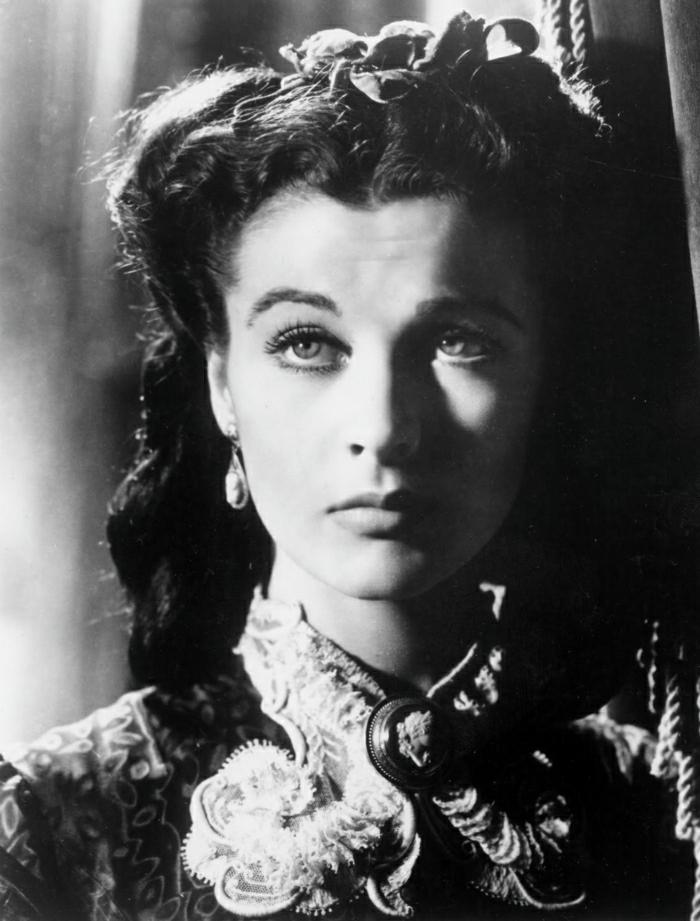 Hollywood-Schauspielerinnen-Vivien-Leigh-Foto-Film-blaue-Augen-vintage-Kleid-schön