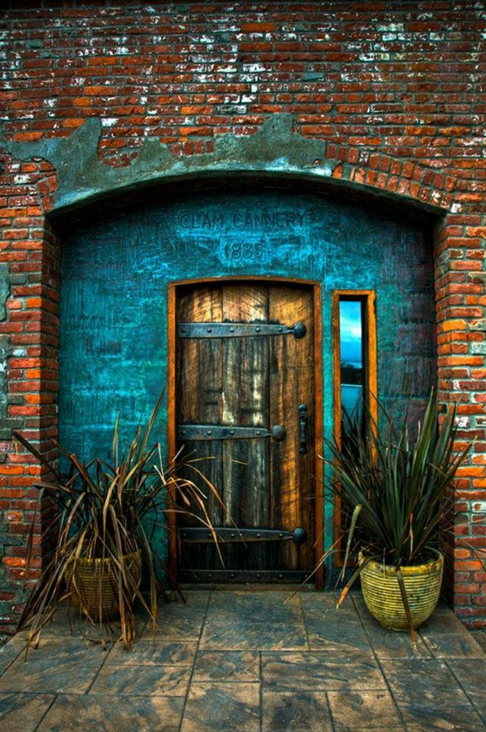 Alte haust ren als alternative des unpers nlichen stils for R value of old wood garage door