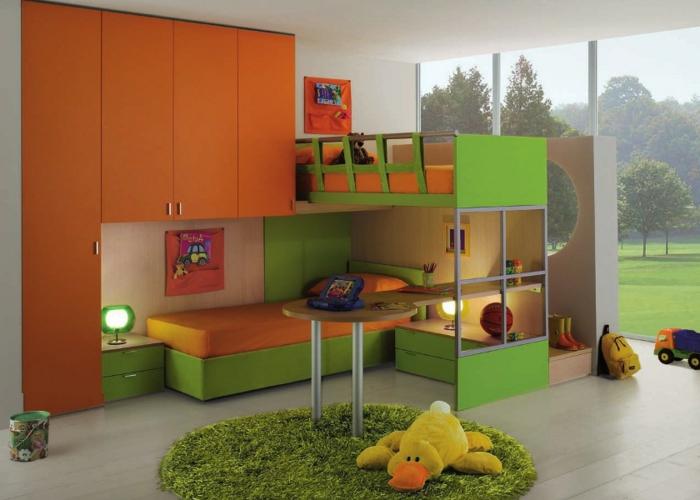 ausgefallene-kinderbetten-grün-und-orange-zusammenbringen