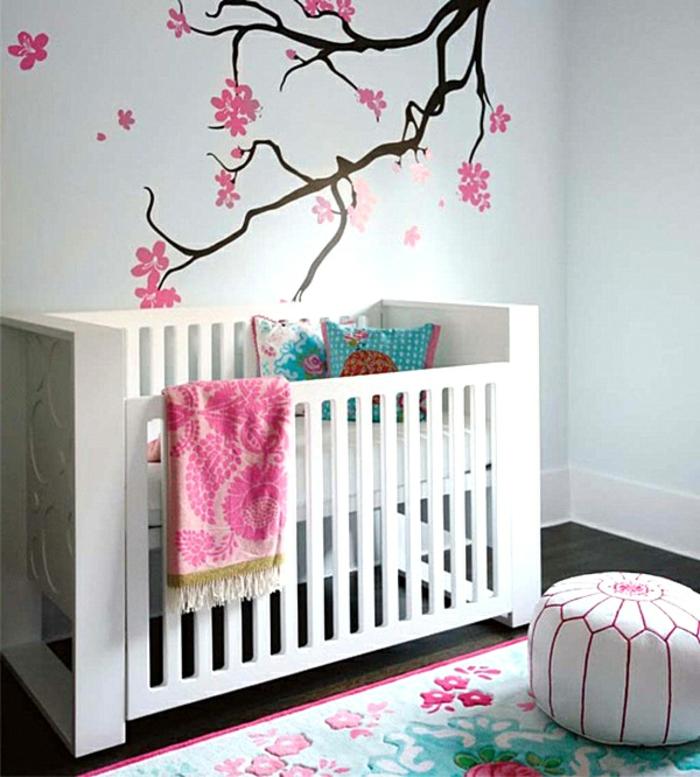 weißes bett modell  babyzimmer streichen  schöne bemalungen