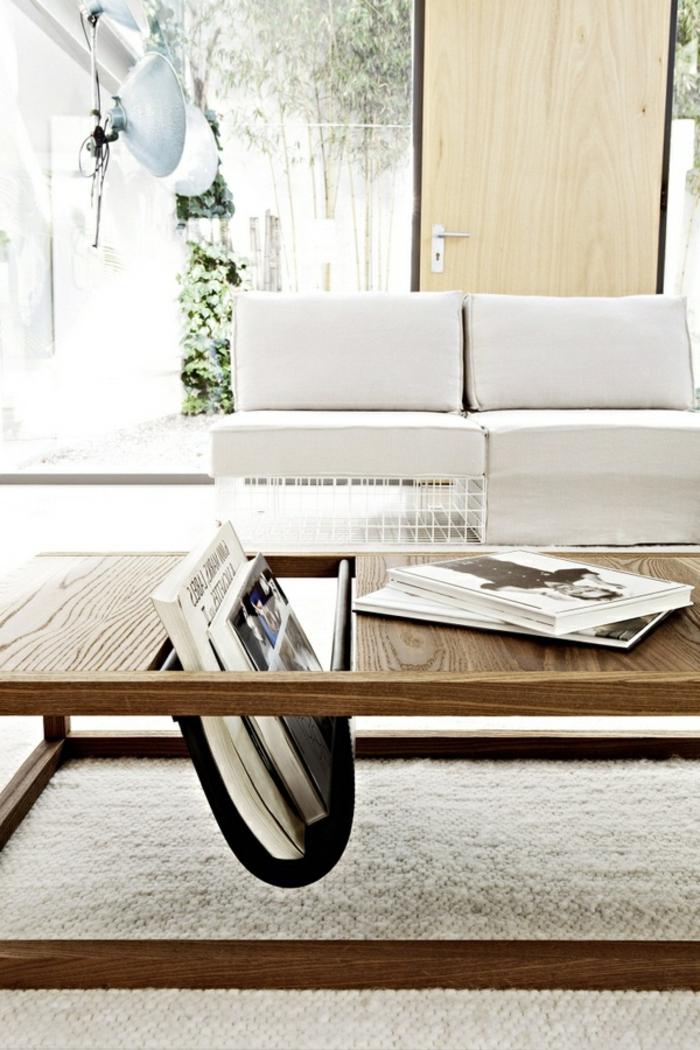 baumstamm-couchtisch-weißes-sofa-daneben
