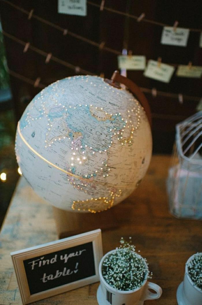 beleuchteter-Globus-Leuchten-Dekoration.Hochzeit