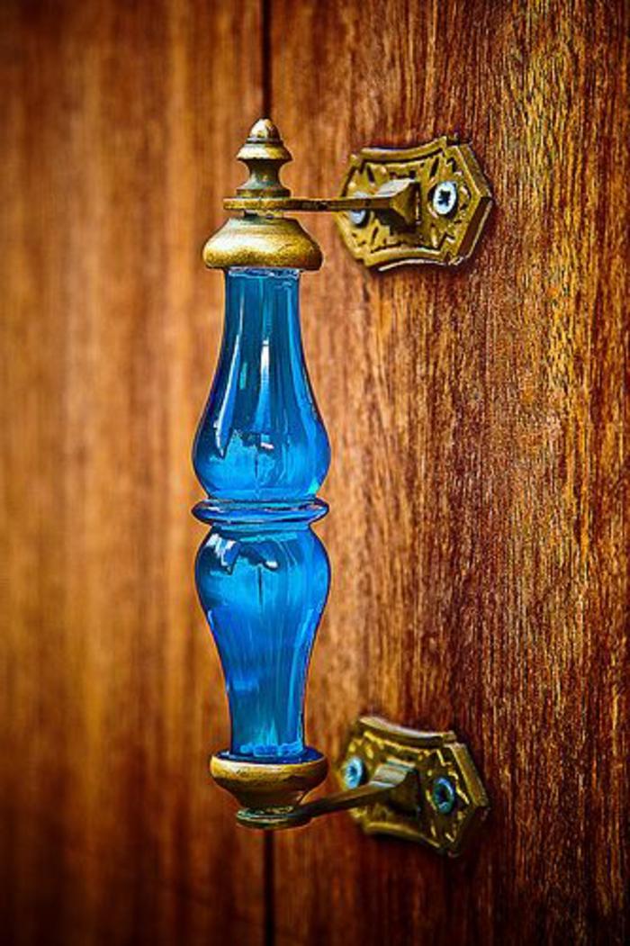 blaues-glas-attraktives-aussehen