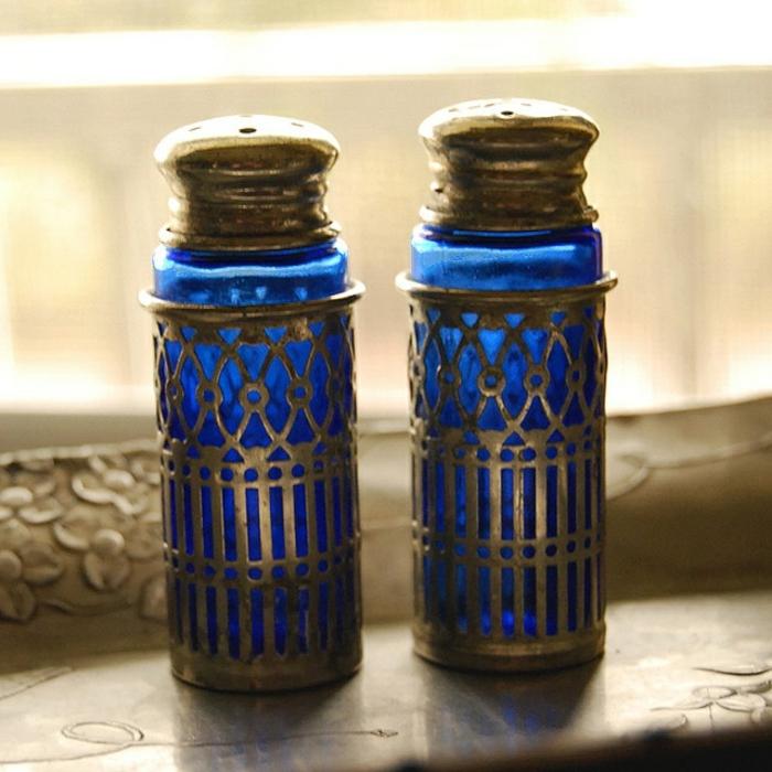 blaues-glas-interessante-kreative-dekoartikel